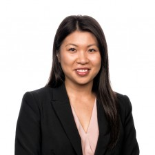 Julie Dang Associate