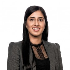 Navjeet Tut Senior Associate